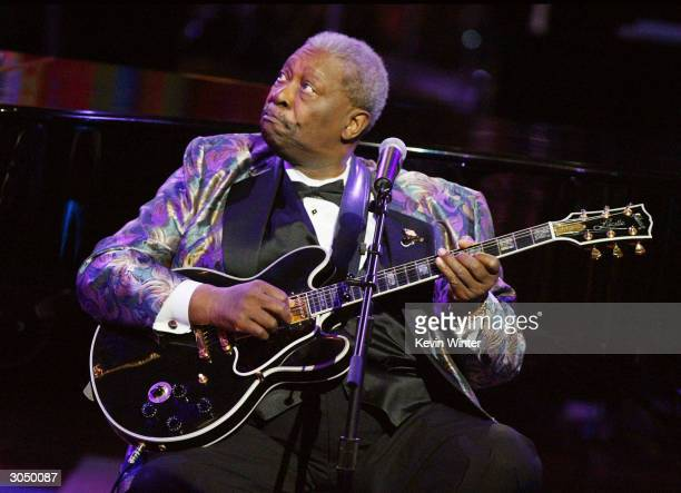 Musician BB King performs on stage at the 35th Annual NAACP Image Awards at the Universal Amphitheatre March 6 2004 in Hollywood California