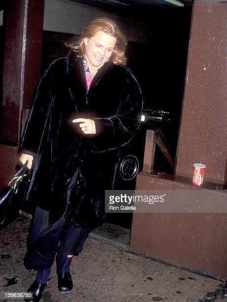 Musician Belinda Carlisle of The GoGo's attends the Final Analysis Westwood Premiere on February 6 1992 at Mann Bruin Theatre in Westwood California