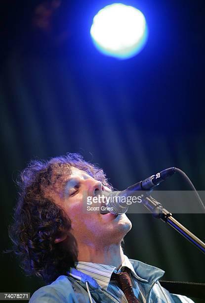 Musician Ben Lee performs onstage at the ASCAP / Tribeca Music Lounge at The 2007 Tribeca Film Festival on May 4 2007 in New York City