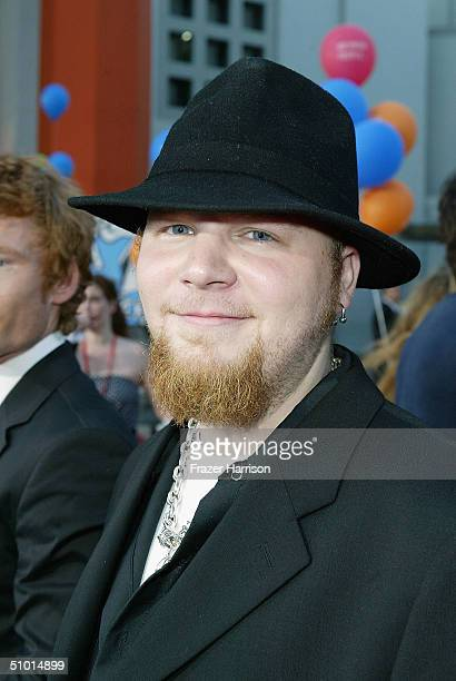 """Musician Ben Moody arrives at the World Premiere of """"LA Twister"""" on June 30, 2004 at the Grauman's Chinese Theatre, in Hollywood, California."""