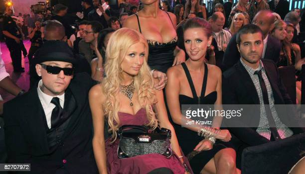 Musician Benji Madden Paris Hilton Nicky Hilton and David Katzenberg at the 2008 MTV Video Music Awards at Paramount Pictures Studios on September 7...