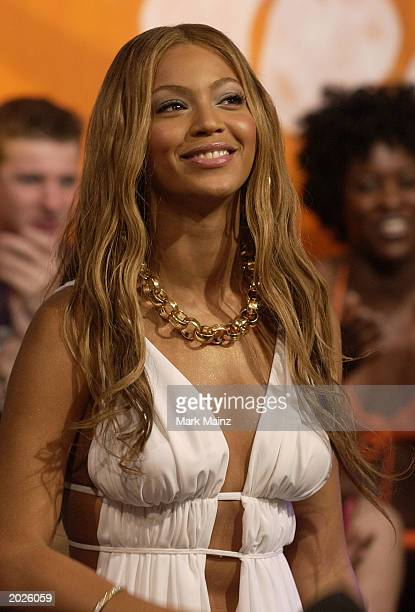 Musician Beyonce Knowles performs for the MTV Beach House Launch Party May 23 2003 at the MTV Studios in Times Square New York City The MTV Beach...