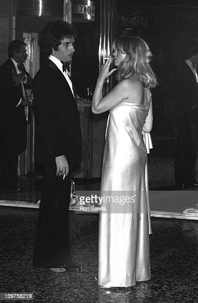 Musician Bill Hudson and actress Goldie Hawn attend Third Annual People's Choice Awards on February 10 1977 at the Longhorne Theater in Hollywood...