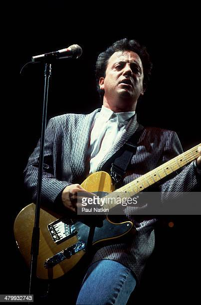 Musician Billy Joel performs onstage at the Rosemont Horizon Rosemont Illinois November 1 1986
