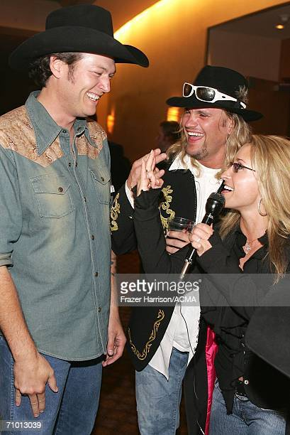 PRICING*** Musician Blake Shelton Ira Dean and Heidi Newfield of Trick Pony backstage during the Academy Of Country Music New Artists' Show held at...