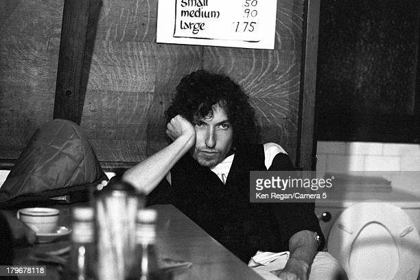 Musician Bob Dylan is photographed in a coffee shop during the Rolling Thunder Revue on October 31 1975 in Plymouth Massachusetts CREDIT MUST READ...