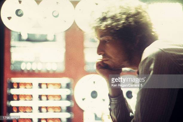 Musician Bob Dylan is photographed in the recording studio during the Rolling Thunder Revue in October 1975 in New York City CREDIT MUST READ Ken...