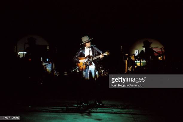 Musician Bob Dylan is photographed onstage during the Rolling Thunder Revue in 1975 CREDIT MUST READ Ken Regan/Camera 5 via Contour by Getty Images