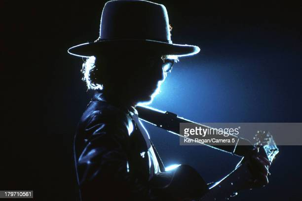 UNS: In The Movies: Bob Dylan's Rolling Thunder Revue