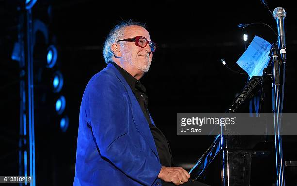 Musician Bob James performs at the Tokyo Seaside Jazz Festival on October 10 2016 in Tokyo Japan