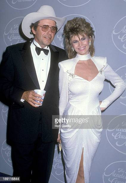Musician Bobby Bare and actress Markie Post and actress Catherine Bach attend the 21st Annual Academy of Country Music Awards on April 14 1986 at...