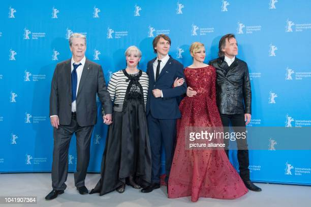 Musician Brian Wilson his wife Melinda Ledbetter actors Paul Dano and Elizabeth Banks and director Bill Pohlad attend the photocall of Love Mercy...