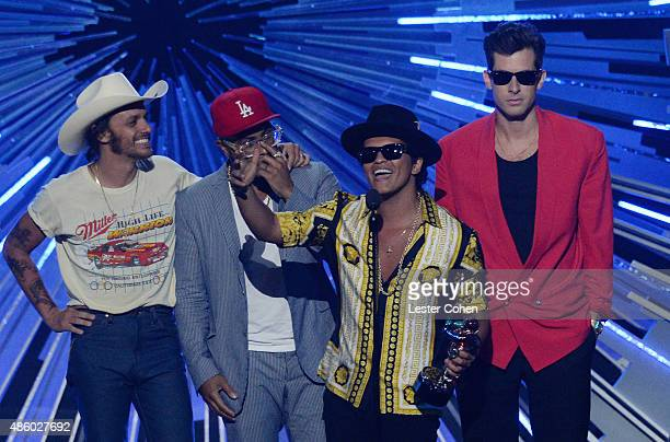Musician Bruno Mars musician Mark Ronson and collaborators speak onstage during the 2015 MTV Video Music Awards at Microsoft Theater on August 30...