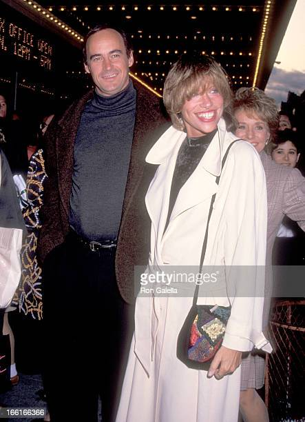 Musician Carly Simon and husband James Hart attend Mike Nichols and Elaine May Simon and Garfunkel Perform in a Double Reunion Comedy and Music...