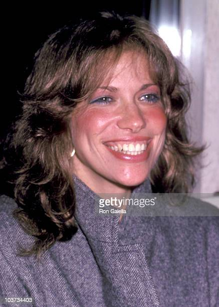 Musician Carly Simon attends the Times Square New York City Premiere on October 14 1980 at Ziegfeld Theater in New York City New York