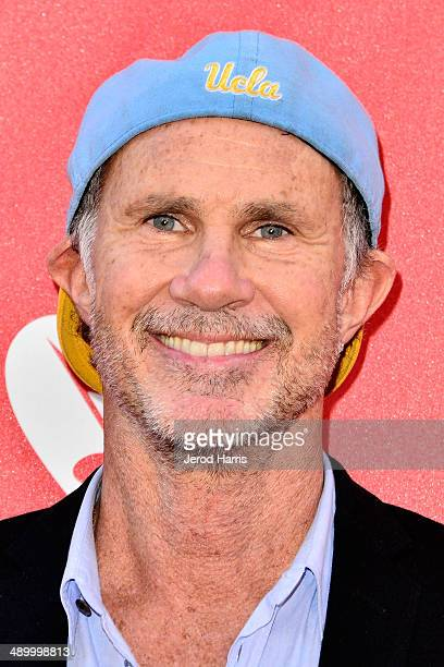 Musician Chad Smith arrives at the 2014 MusiCares MAP Fund Benefit Concert at Club Nokia on May 12 2014 in Los Angeles California