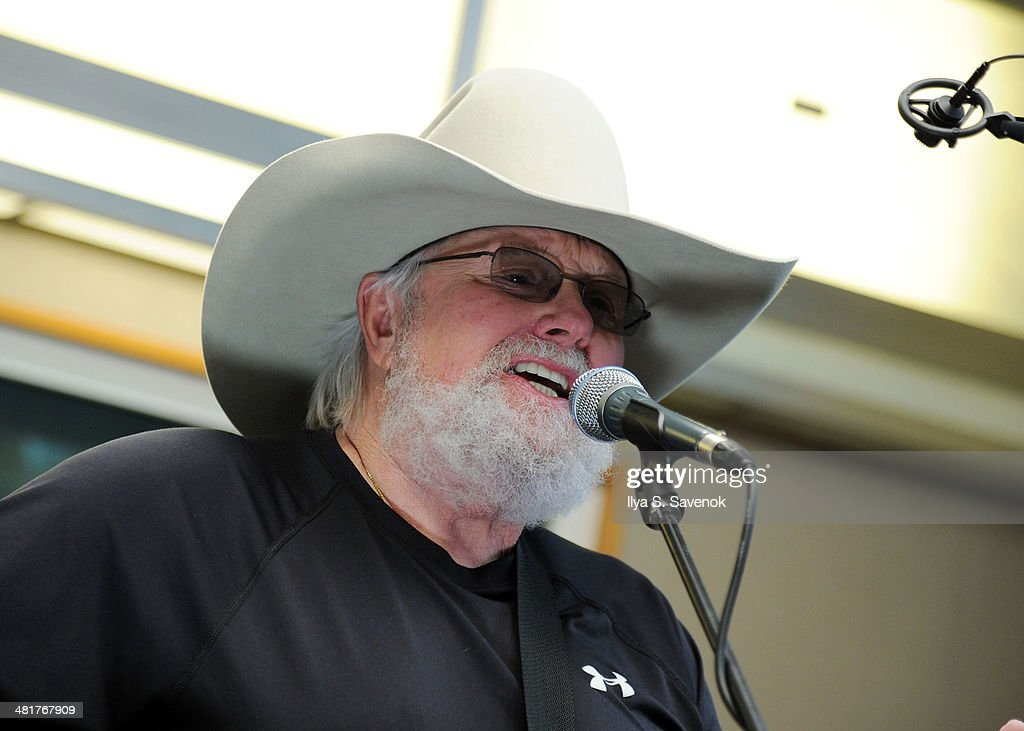 Musician Charlie Daniels performs at SiriusXM's 'Artist Confidential' on Outlaw Country at SiriusXM Studios on March 31, 2014 in New York City.