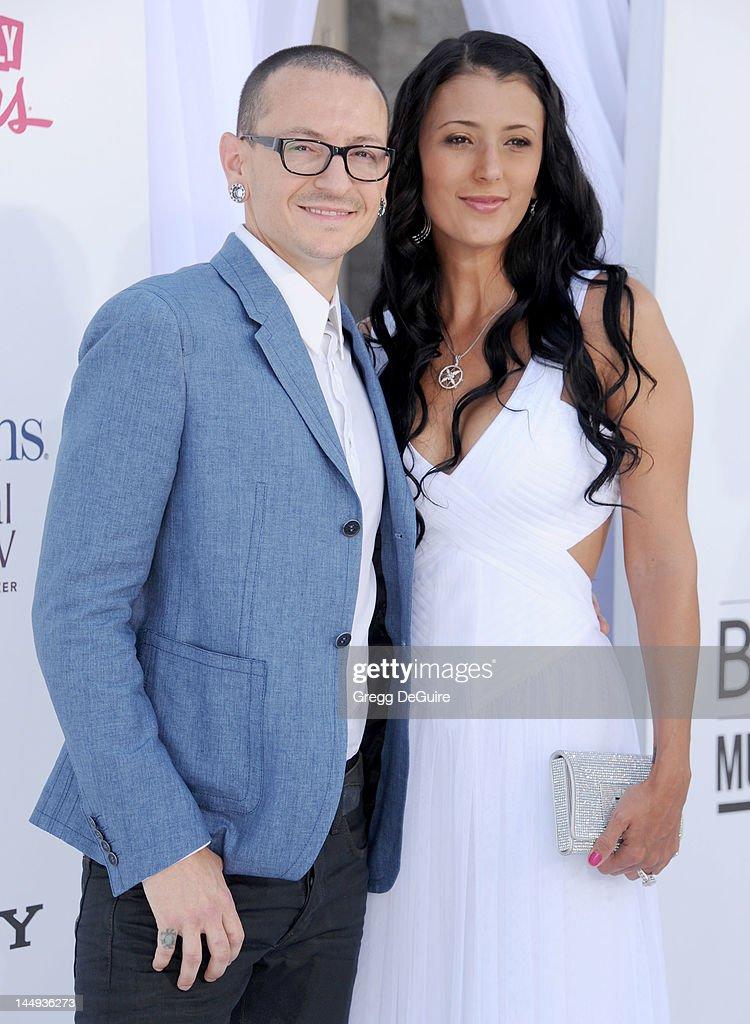 2012 Billboard Music Awards - Arrivals : News Photo
