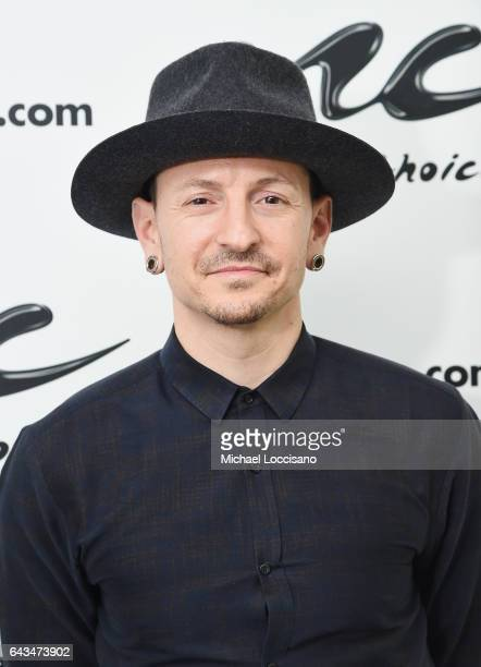 12 bilder, fotografier och illustrationer med Chester Bennington Visits  Music Choice - Getty Images