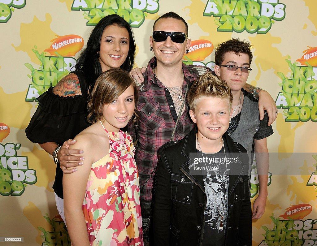 Nickelodeon's 2009 Kids' Choice Awards  - Arrivals : News Photo