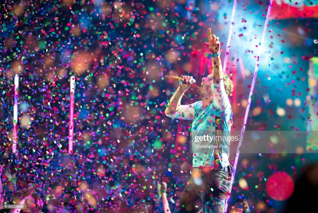 Musician Chris Martin performs onstage at the 2017 iHeartRadio Music Awards which broadcast live on Turner's TBS, TNT, and truTV at The Forum on March 5, 2017 in Inglewood, California.