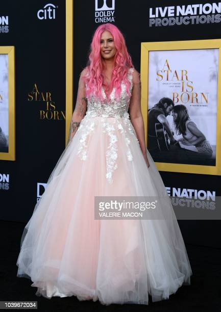"Musician Cleo Rose Elliott attend the premiere of ""A star is born"" at the Shrine Auditorium in Los Angeles, California on September 24, 2018."
