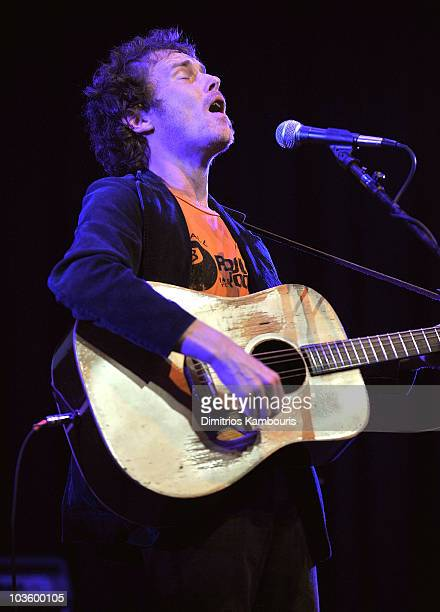 Musician Damien Rice performs during Global Green USA's 5th Annual Pre Oscar Party raising awareness about smart climate solutions and benefiting the...