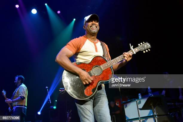 Musician Darius Rucker performs onstage during the 8th annual Darius Friends concert to benefit St Jude's Children's Research Hospital held at the...
