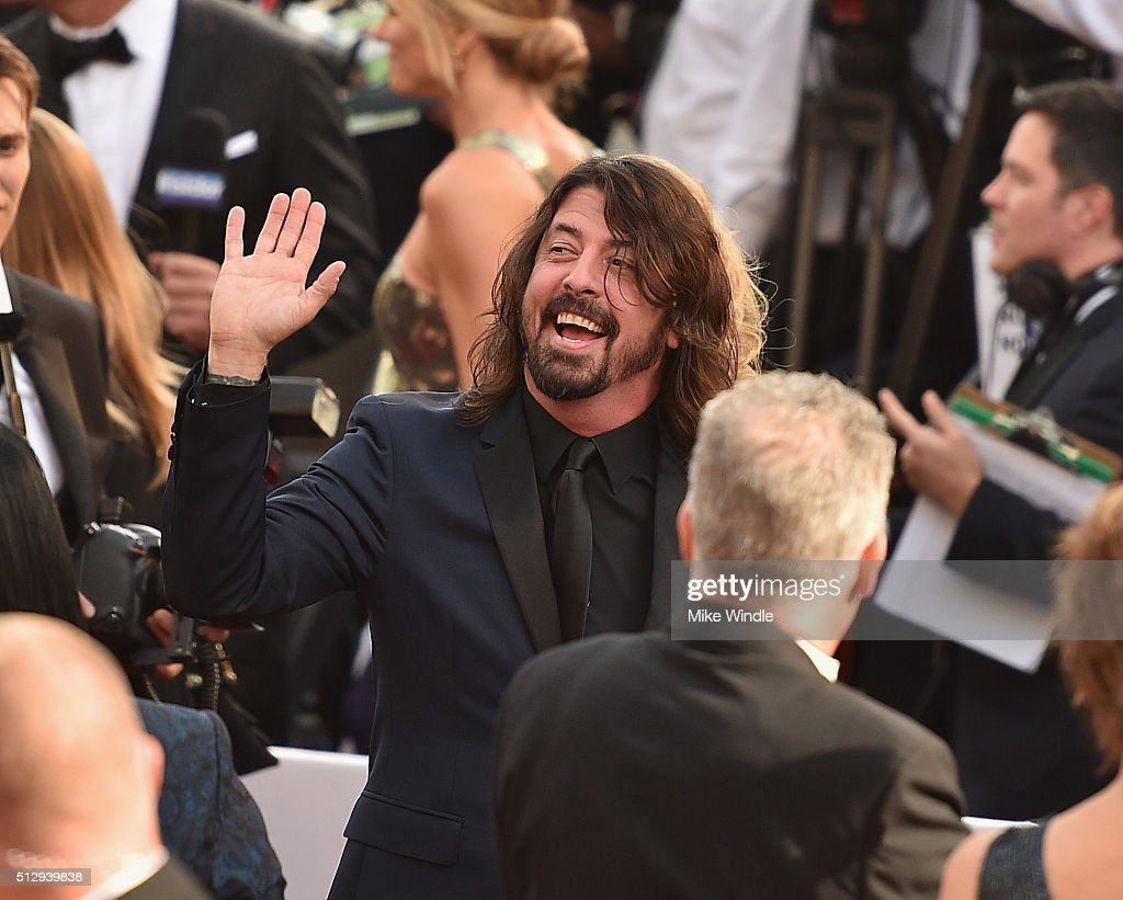 Musician Dave Grohl attends the 88th Annual Academy Awards at Hollywood & Highland Center on February 28, 2016 in Hollywood, California.