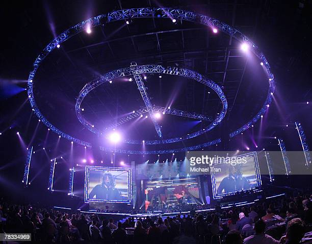 Musician Dave Grohl of the Foo Fighters performs at Spike TV's 2007 'Video Game Awards' held at the Mandalay Bay Events Center on December 7 2007 in...