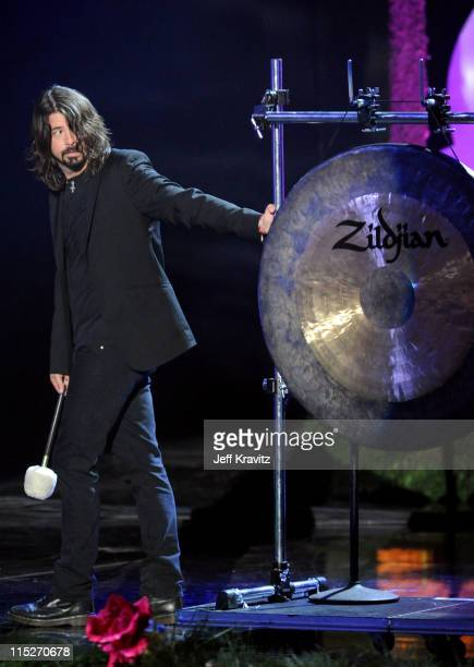 Musician Dave Grohl performs onstage during the 2011 MTV Movie Awards at Universal Studios' Gibson Amphitheatre on June 5 2011 in Universal City...