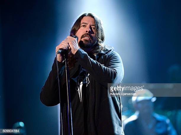 Musician Dave Grohl rehearses onstage during the 2016 MusiCares Person Of The Year honoring Lionel Richie at Los Angeles Convention Center on...