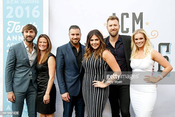 Musician Dave Haywood of musical group Lady Antebellum Kelli Cashiola Chris Tyrrell singersongwriter Hillary Scott singersongwriter Charles Kelley of...