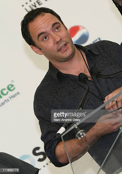 Musician Dave Matthews poses in the press room at the Live Earth New York Concert held at Giants Stadium on July 7, 2007 in East Rutherford, New...