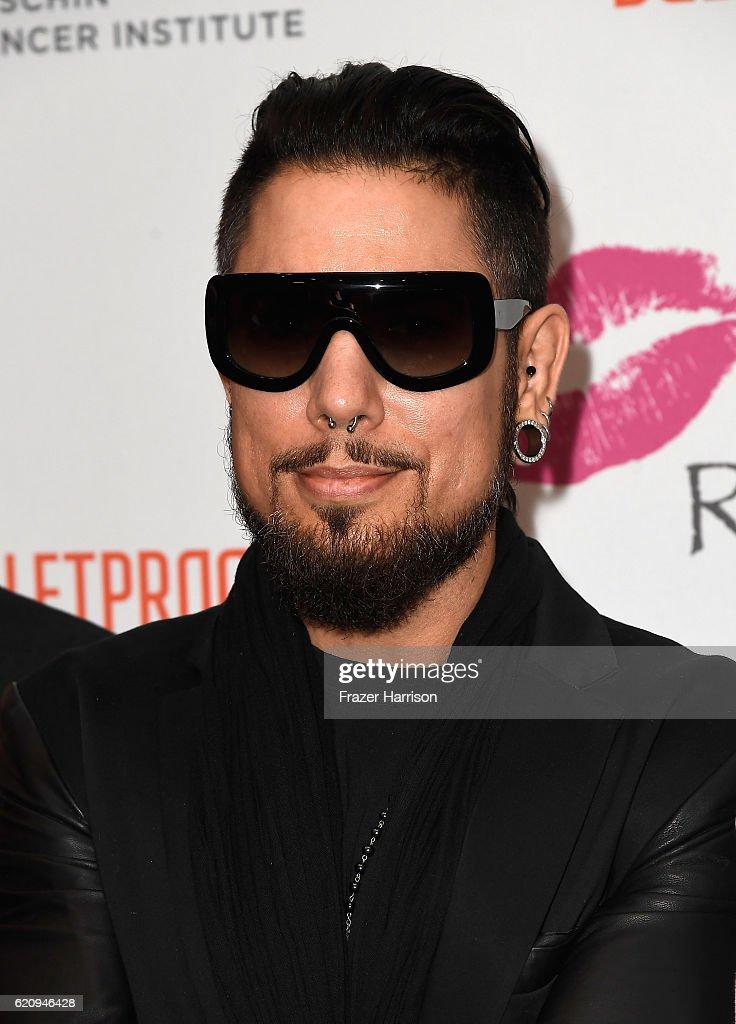 Musician Dave Navarro attends the 2016 Rhonda's Kiss Benefit at El Rey Theatre on November 3, 2016 in Los Angeles, California.