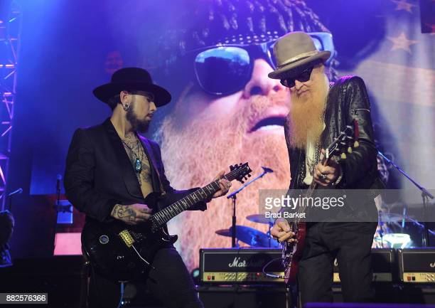 Musician Dave NavarroÊand Billy Gibbons perform at the America Salutes You and Wall Street Rocks Presents Guitar Legends For Heroes at Terminal 5 on...