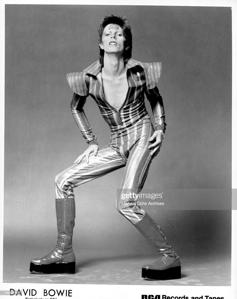 """David Bowie As """"Ziggy Stardust"""" : News Photo"""