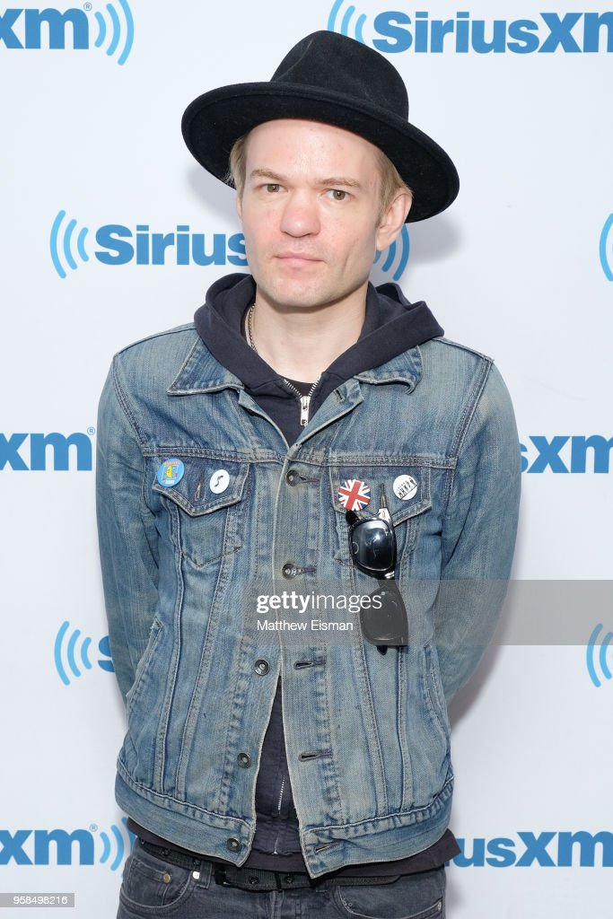 Musician Deryck Whibley of the band Sum 41 visits SiriusXM Studios on May 14, 2018 in New York City.