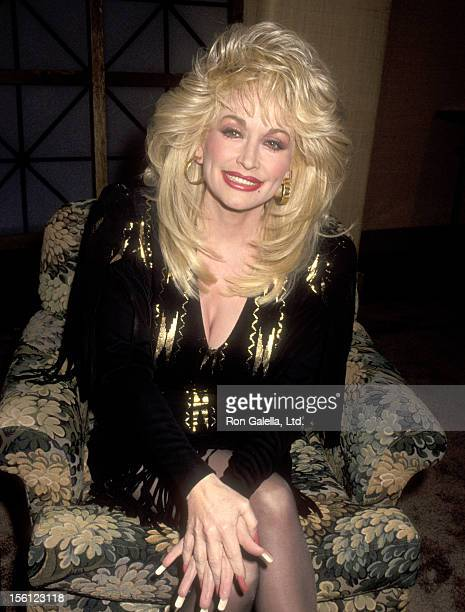 Musician Dolly Parton attends a Taping of 'The Joan Rivers Show' on March 1 1993 at CBS Broadcast Center in New York City New York
