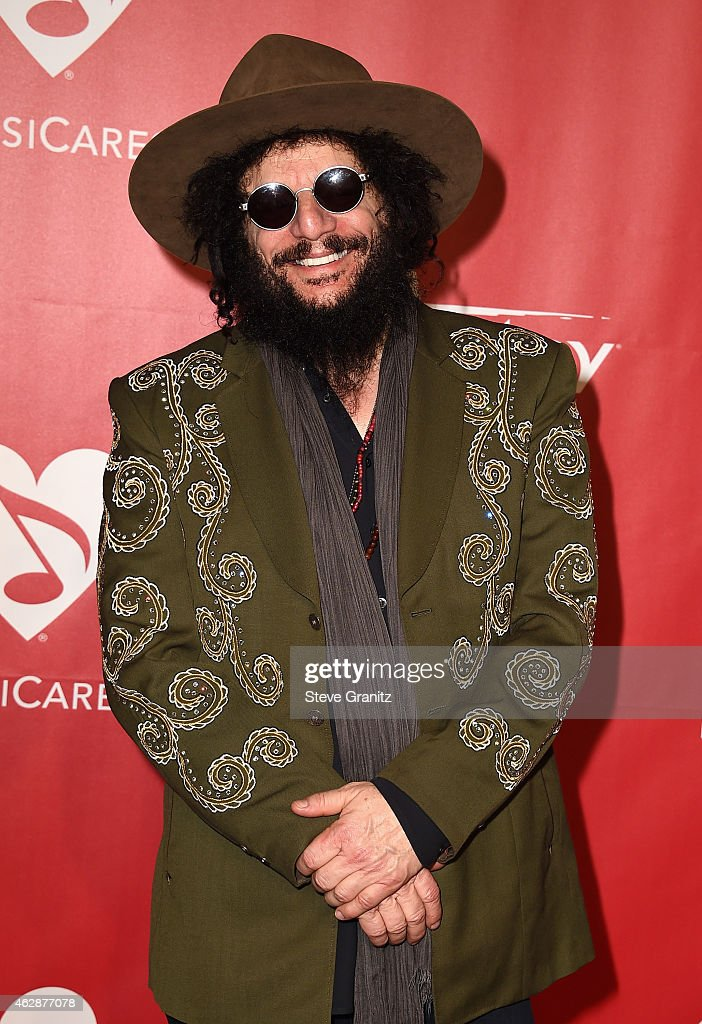 MusiCares Person Of The Year Tribute To Bob Dylan - Arrivals : News Photo