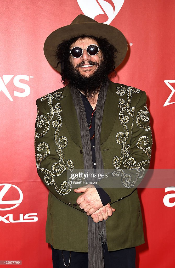 The 2015 MusiCares Person Of The Year Gala Honoring Bob Dylan - Arrivals : News Photo