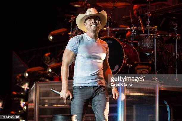 Musician Dustin Lynch performs on stage at Mattress Firm Amphitheatre on June 23 2017 in Chula Vista California