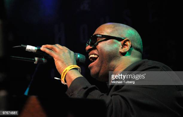 Musician Ellis Hall of the Tower Of Power performs with the All-Star Jam Band at the 'Unity For Peace' benefit concert, held at the House Of Blues on...