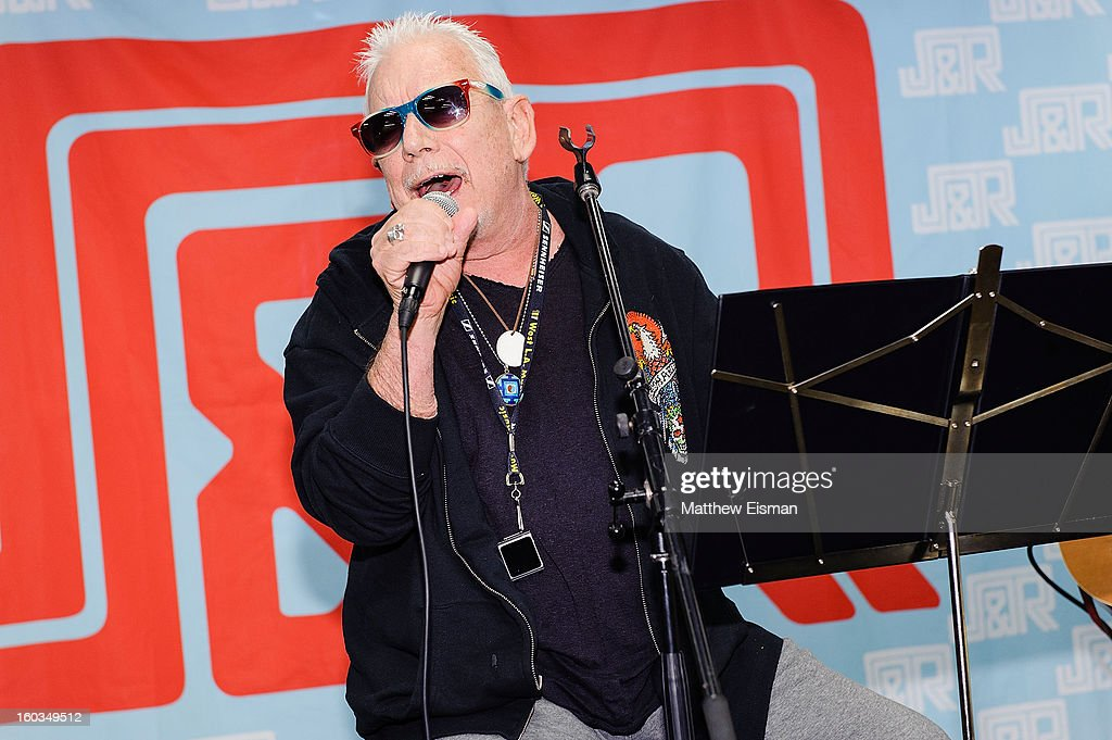 Eric Burdon Performance And Autograph Signing