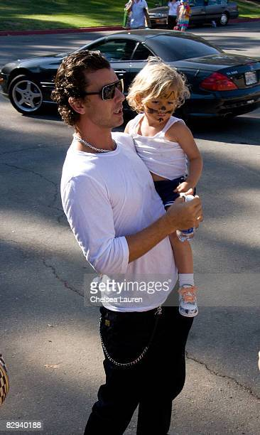 Musician Gavin Rossdale and son Kingston attend Roots Shoots Day of Peace at Griffith Park on September 21 2008 in Los Angeles California