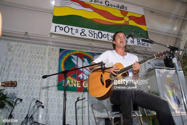 Musician Gavin Rossdale performs during Roots Shoots Day of Peace at Griffith Park on September 21 2008 in Los Angeles California
