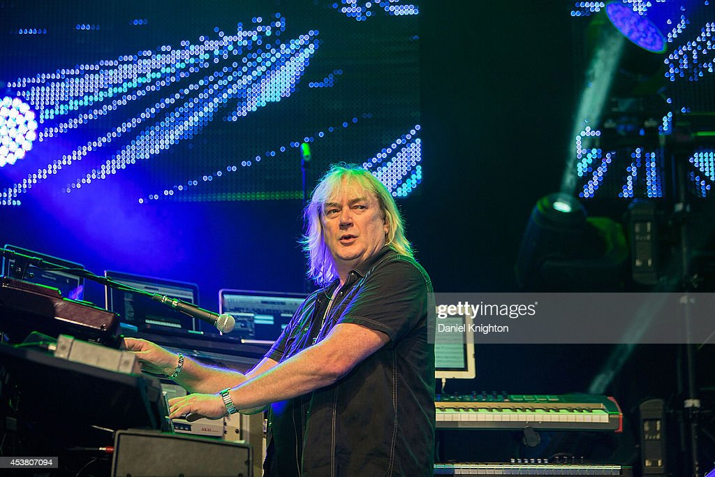 Musician Geoff Downes performs on stage with Yes on August 18, 2014 in San Diego, California.