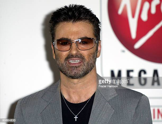 Musician George Michael poses at the Sunset Virgin Megastore where he made an apperance to sign copies of his new CD 'Patience' on May 21 2004 in...