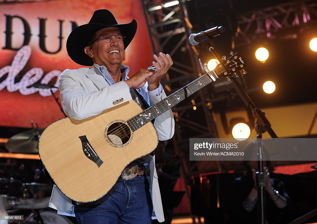 Brooks & Dunn's The Last Rodeo - Show : News Photo