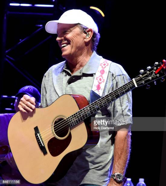 Musician George Strait performs onstage during George Strait's Hand In Hand benefit concert rehearsal to rebuild Texas on September 11 2017 in San...